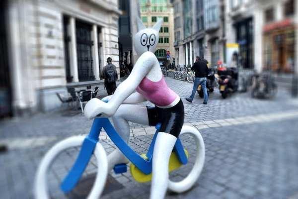 Brussels cartoon statue