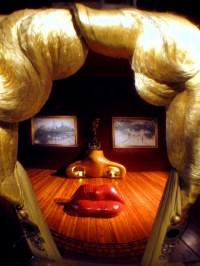 Mae West Lips Sofa | landlordrocknyc
