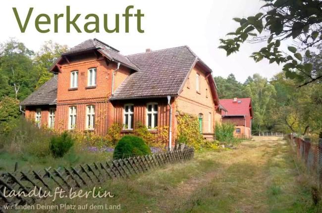 Denkmalgeschütztes Forsthaus in der Feldberger Seenlandschaft