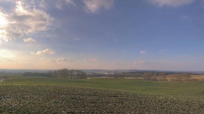 Blick von Melzow zum Oberuckersee im Winter