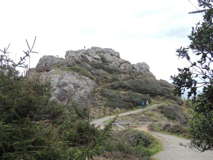 Trail up Wedding Rock