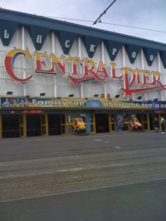 Central_Pier_Blackpool_facade.jpg