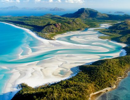 An aerial view of the Whitehaven Beach in Queensland