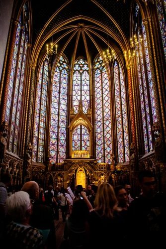 An image of Saint Chapelle in Paris