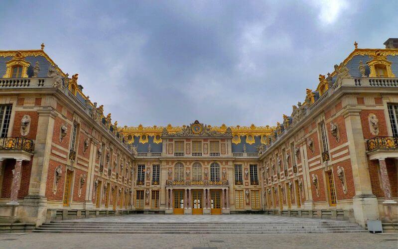 A stunning image of the Château de Versailles