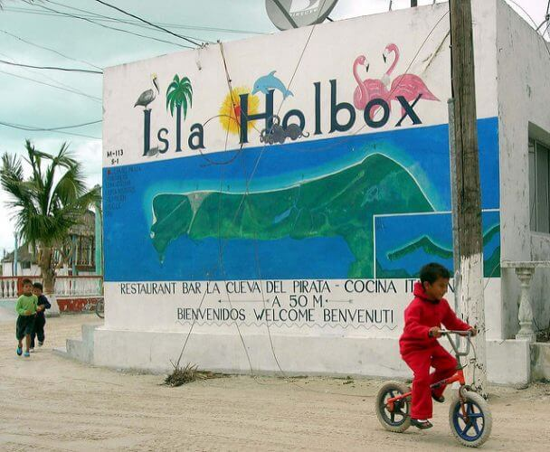 An image of a sign in Isla Holbox
