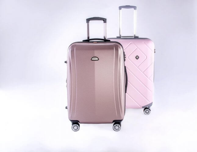 A set of 2 luggage
