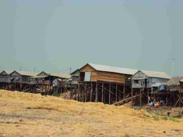 Hütten auf Stelzen