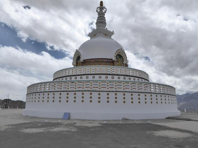 Der Stupa auf dem Hügel
