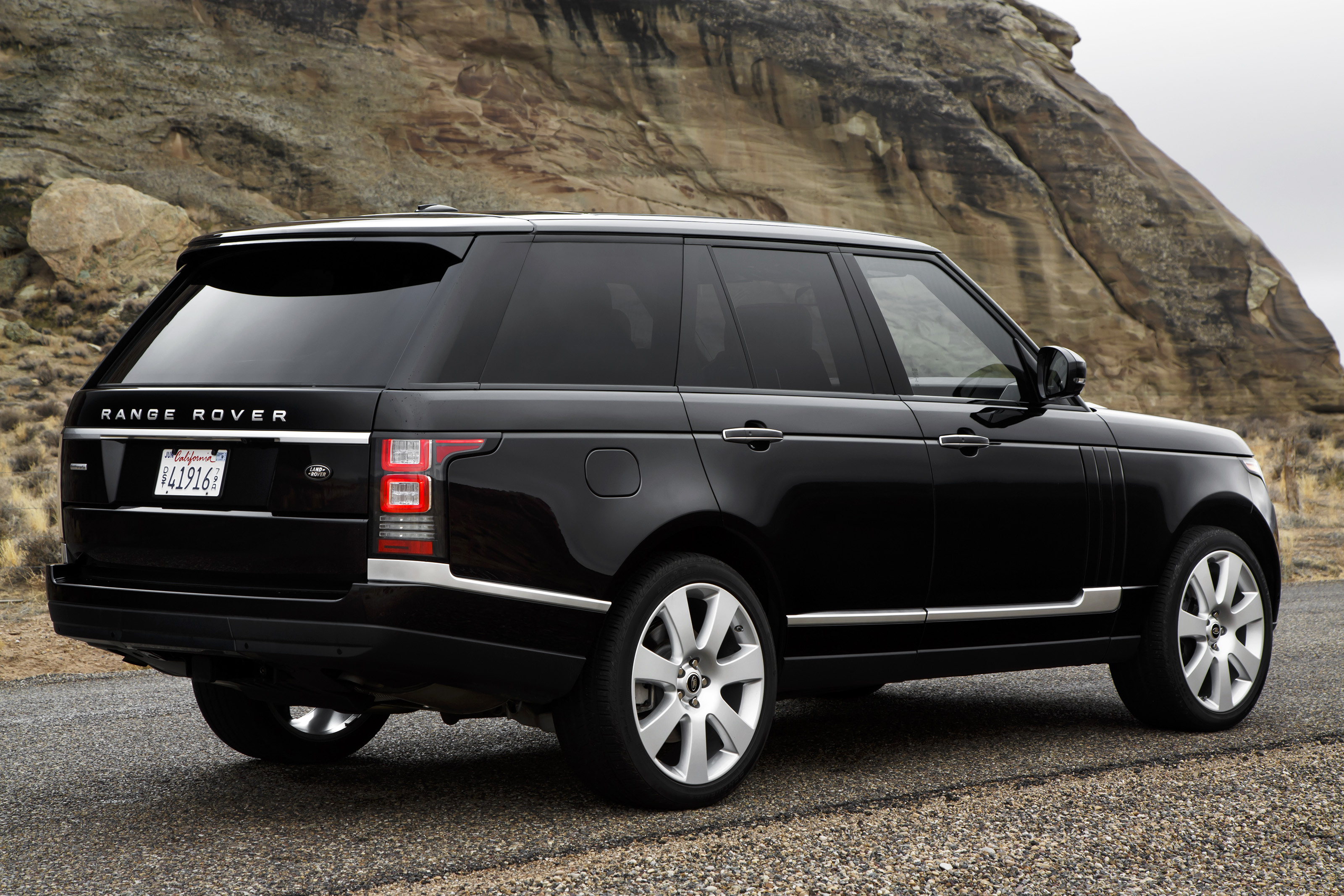 Up Close And Personal With The 2013 Range Rover