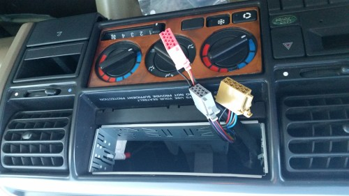 small resolution of land rover discovery 1 1997 radio install issues help