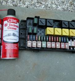 cleaning a car fuse box wiring diagrams fuse box vacuum cleaner fuse box clean [ 1024 x 768 Pixel ]