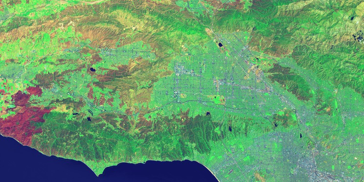 Gelombang pendek gambar inframerah dari Los Angeles dari Landsat 8