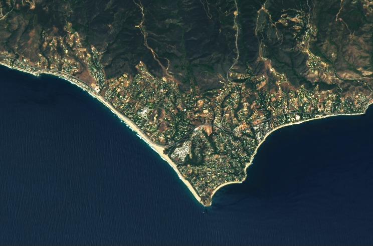 Mempertajam Landsat 8 citra Malibu