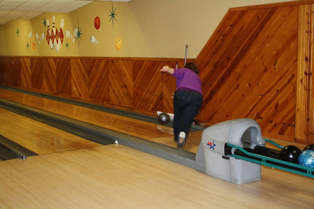 Company Christmas Bowling Party (5/6)