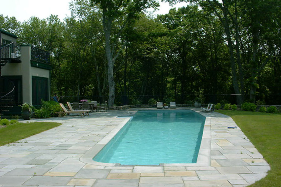 Woodland Retreat: Charlestown, Rhode Island