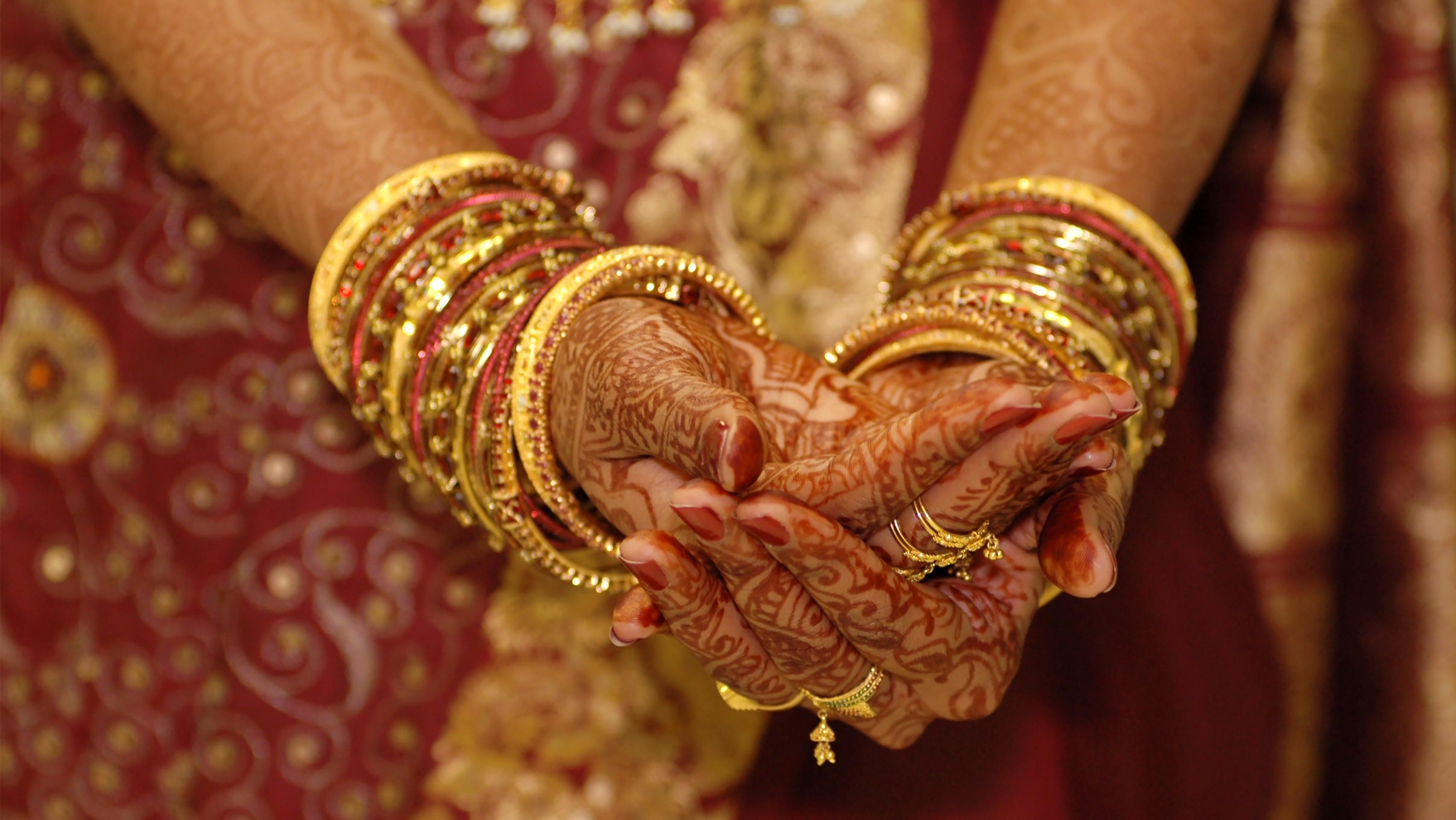 Art- Traditional Bridal Jewellery 16-9