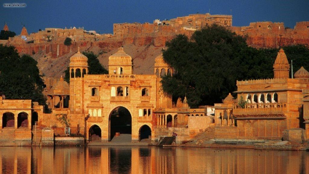Jaisalmer Gadi Sagar Tempel 16-9