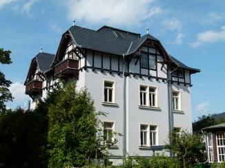 Villa in Loschwitz Quelle: Wikimedia Commons, Brücke-Osteuropa, CC-Lizenz