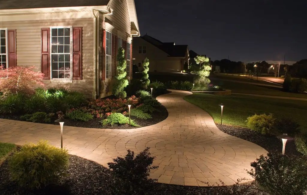 outdoor lighting contractors exterior
