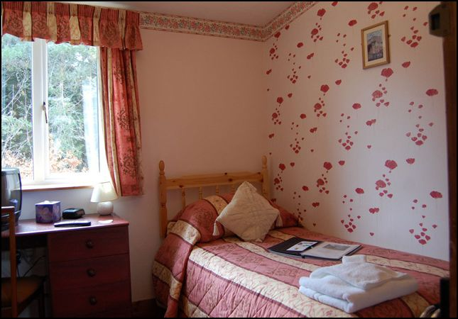 Glenan Lodge bedroom
