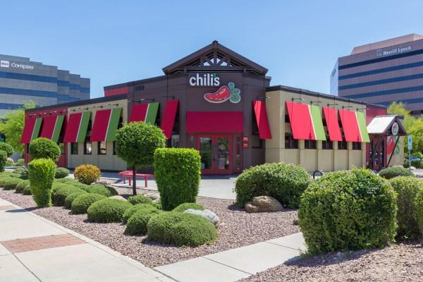 restaurant landscape maintenance