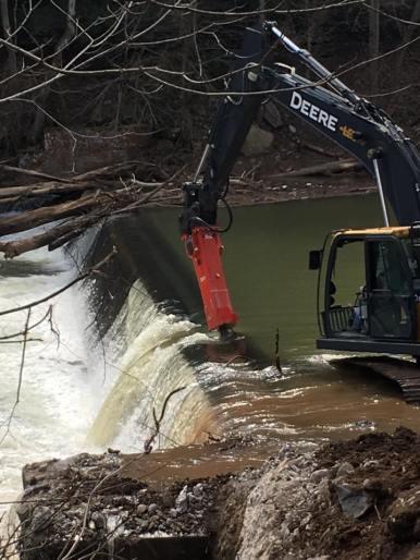 March 21st, first dam break. (photo credit: Nick Millett)