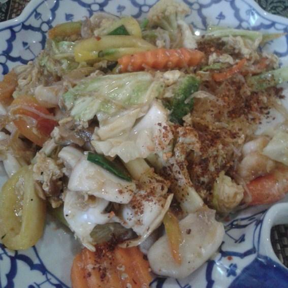 Maekruaseafoodglassnoodles