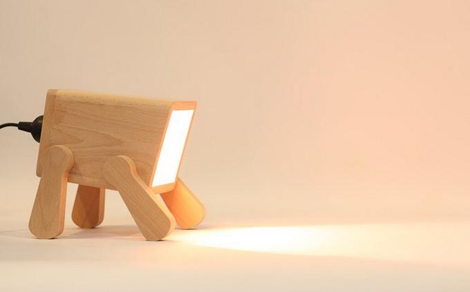 Frank Lamp, una llum amb forma de cadell de gos