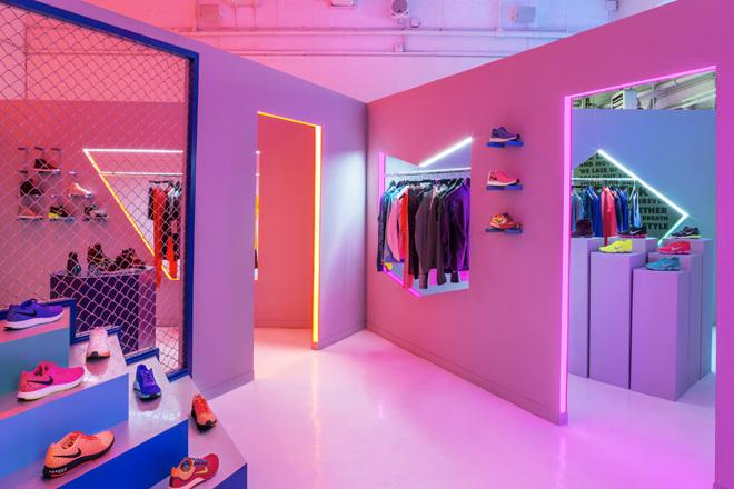 EBDNL-robert-storey-studio-for-nike-womens-6