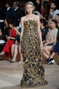 14-Valentino-Haute-Couture-Fall-2015
