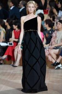 18-Valentino-Haute-Couture-Fall-2015