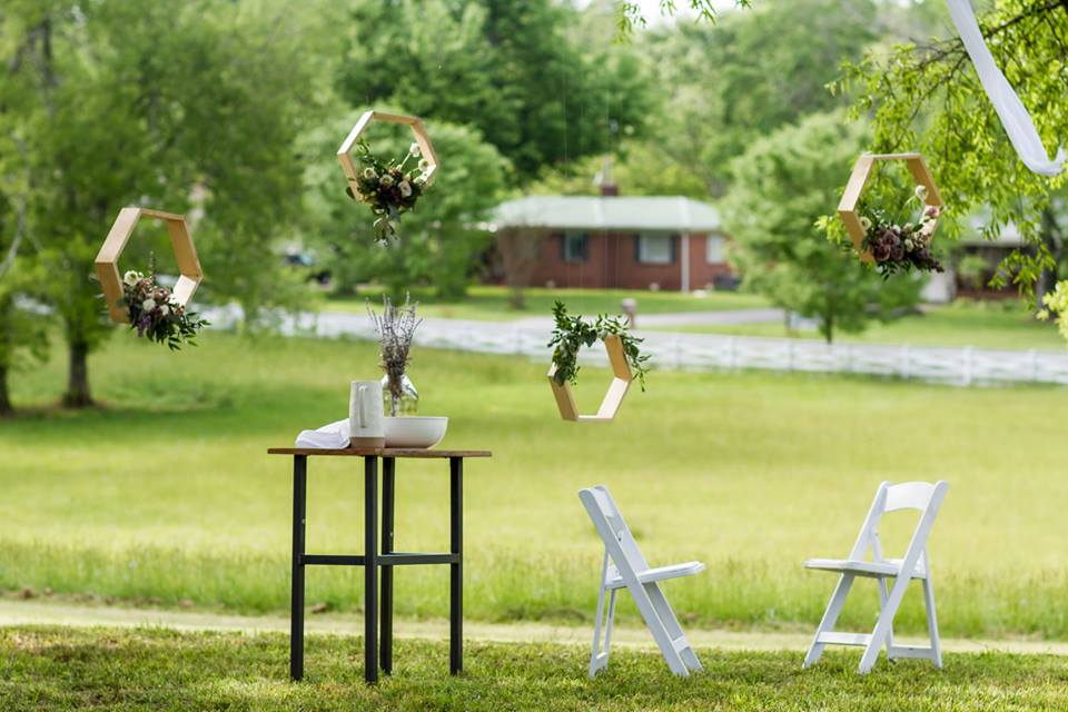 Dusty_Lavender_Hexigon_Shelves_Chattanooga_Florist_Lang_Floral_Designs