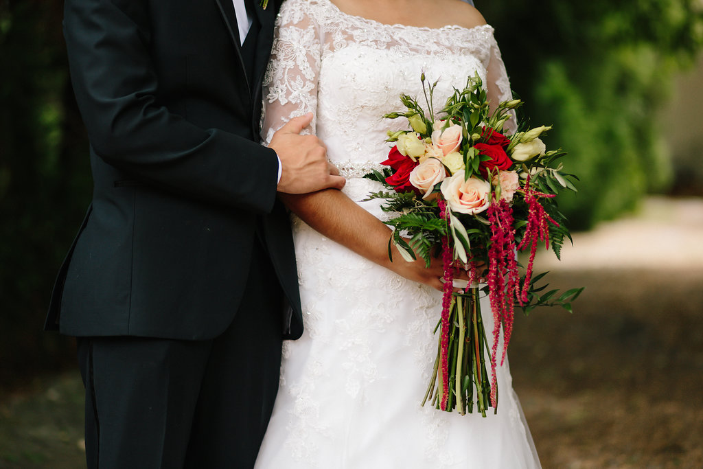 Cascading bouquet at Black Fox Farms in Cleveland, Tennessee | Lang Floral Designs