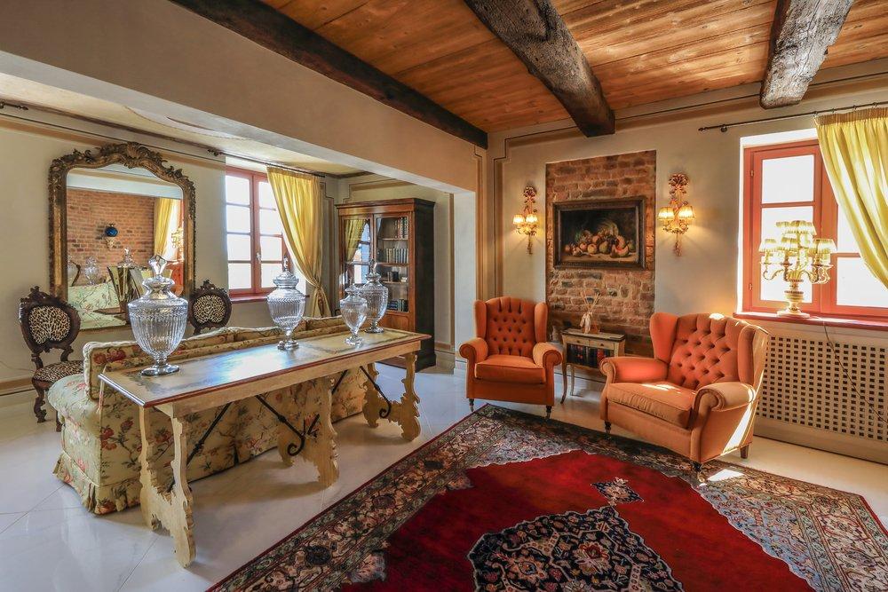 Villa Prato  LoveLanghe