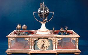 Planetarium kuno oleh David Hahn (Orrery, jam astronomis, bola langit), dibuat untuk Herzog Ernst II dari Gotha, tahun 1780. Gambar: Schlossmuseum Gotha