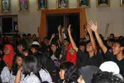 Peserta acara talk show dari sekolah-sekolah di Jakarta. Kredit : nggieng
