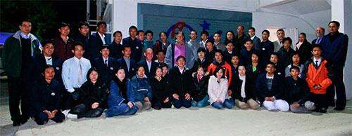 astronom berbagai negara yang bekerja di NARIT bersama Putri H.R.H Maha Chakri Sirindhorn. Salah satu diantaranya Puji Irawati dari Indonesia. Kredit : NARIT