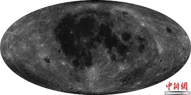 Peta Bulan resolusi tinggi yang dihasilkan Chang'e 2. Kredit: China Space Program