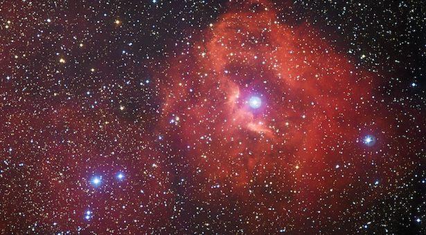 Nebula Gum 41 tersusun dari gas hidrogen, gas yang paling banyak dijumpai di alam
