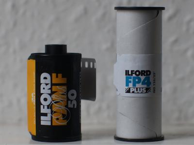 Roll film 35mm dan 6 cm
