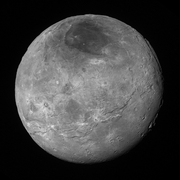 Charon. Kredit: NASA/Johns Hopkins University Applied Physics Laboratory/Southwest Research Institute