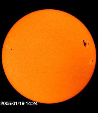 LEAP: Menjelajahi Antariksa: Apa Warna Sesungguhnya Matahari?