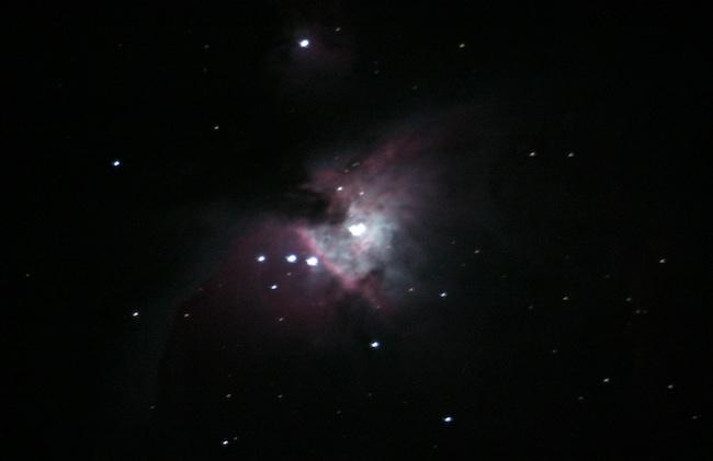 Nebula Orion, M42, palung kelahiran bintang-bintang baru. Kredit: Emanuel Sungging