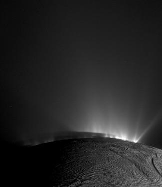 Mungkinkah Ada Kehidupan di Enceladus, Bulan Es Saturnus?