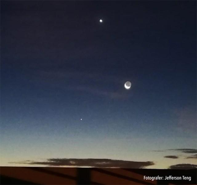 Segitiga Merkurius (bawah), Bulan, dan Venus (atas) tanggal 3 Mei 2019 dini hari yang dipotret oleh Jefferson Teng dari Lampung.