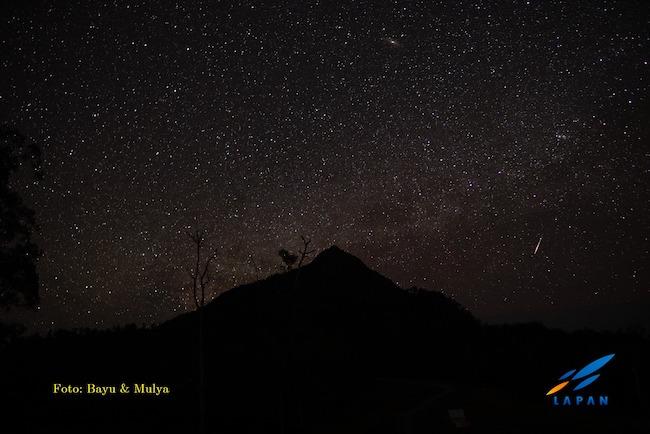 Taburan bintang di langit Gnung Timau, NTT. Kredit: Bayu & Mulya / LAPAN