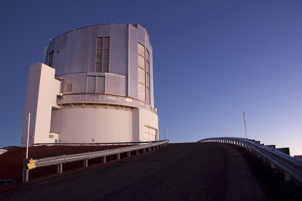 Teleskop Subaru di Mauna Kea, Hawai'i. Kredit: Stevanus Nugroho