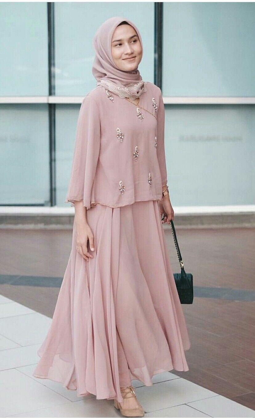 baju kondangan simple hijab dengan abaya