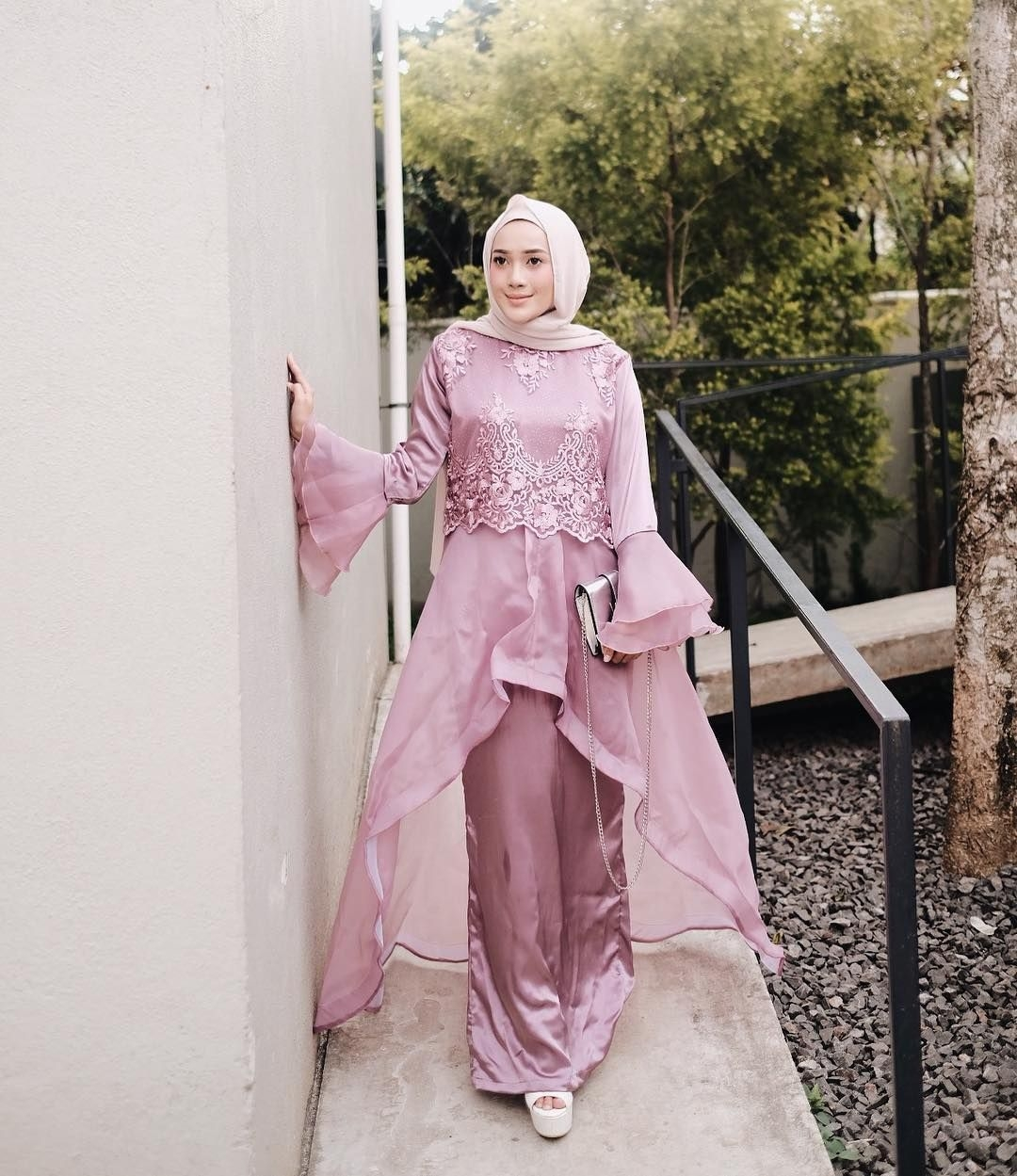 baju kondangan simple hijab yang stylish
